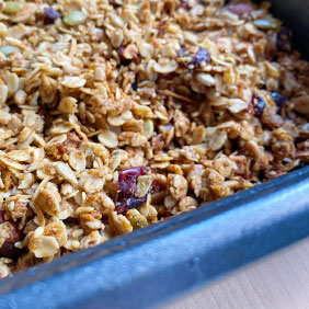 The Easiest Homemade Granola Close Up