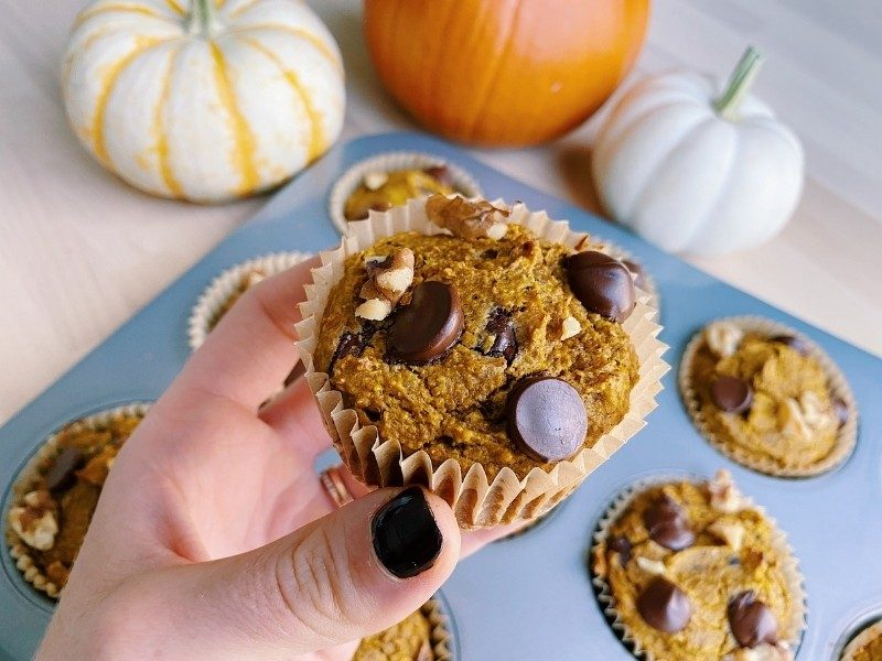 Healthy Pumpkin Muffins with Chocolate and Walnuts